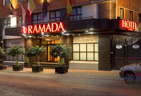 Hotel Ramada Naples 4*